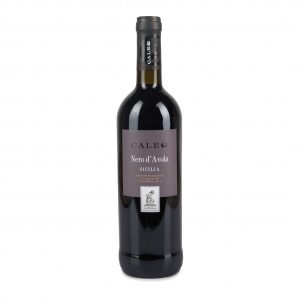 A bottle, Caleo Nero D'Avola